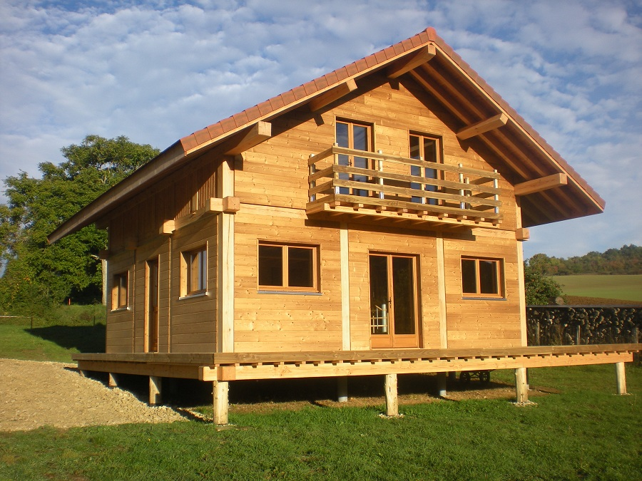 Sas rb bois vente maison bois mont e ou non mont e for Constructeur chalet en bois habitable prix